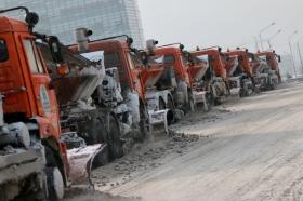 Прошлой ночью дорожные службы задействовали 25 машин для чистки дорог Николаева